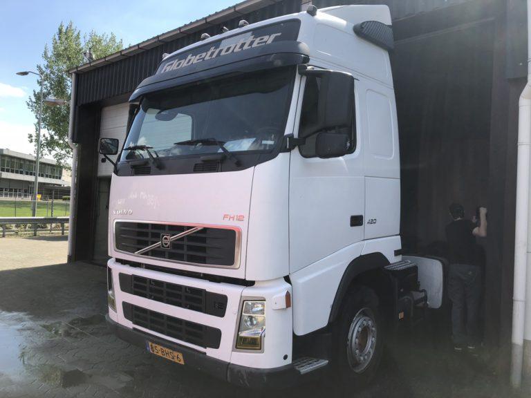 volvo FH12 vrachtwagen verhuur