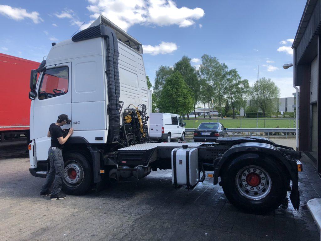 volvo verhuur vrachtwagen