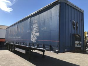 flatbed trailer storage