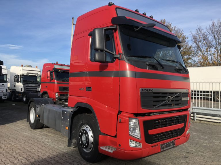 front view red Volvo truck for rent