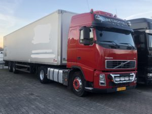 volvo met box trailer