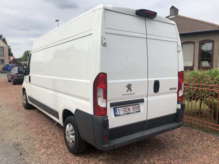 Peugeot Boxer van with rear view camera for rent